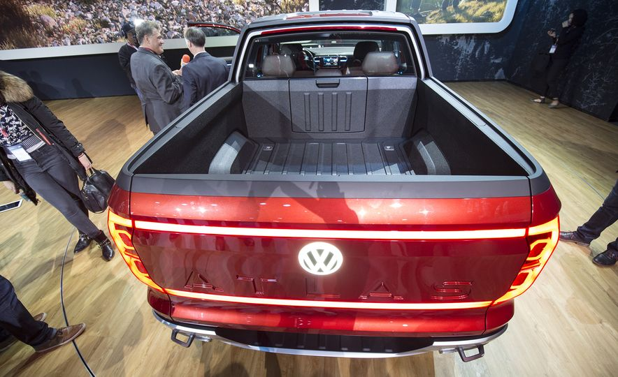 10 Reasons Why Volkswagen Could—and Should—Build the Tanoak Pickup Truck Concept - Slide 6