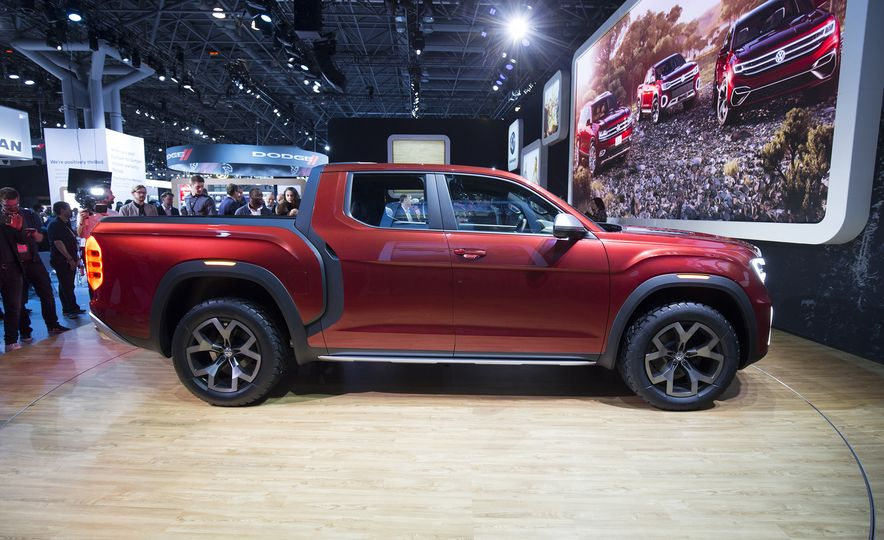 10 Reasons Why Volkswagen Could—and Should—Build the Tanoak Pickup Truck Concept - Slide 5
