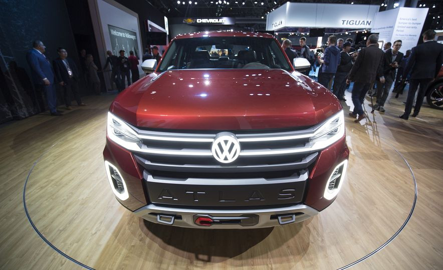 10 Reasons Why Volkswagen Could—and Should—Build the Tanoak Pickup Truck Concept - Slide 11