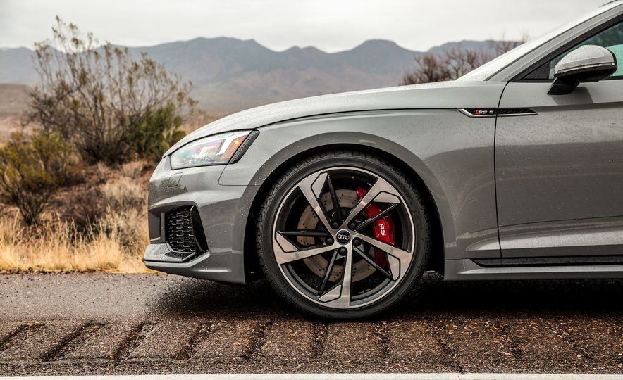 Nine Things You Might Not Know about the 2018 Audi RS5 Coupe - Slide 3