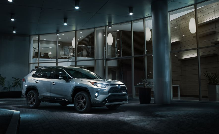 RAV4 the Win: Everything You Need to Know about the 2019 Toyota RAV4 - Slide 6