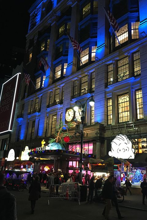 Night, Window, City, Metropolitan area, Facade, Metropolis, Mixed-use, Midnight, Street, Commercial building,