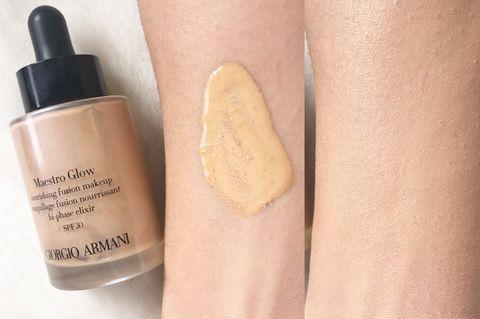 Skin, Beige, Beauty, Cosmetics, Nail, Water, Liquid, Material property, Nail polish, Hand,