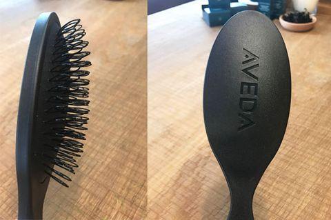 Mascara, Cosmetics, Comb, Brush, Hair accessory, Metal,
