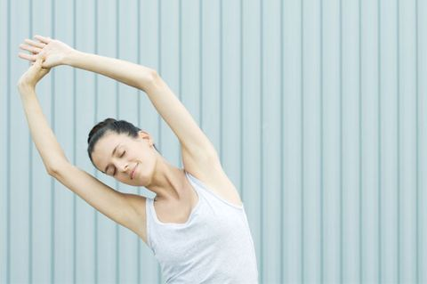 Shoulder, Arm, Skin, Joint, Elbow, Beauty, Leg, Stretching, Muscle, Standing,