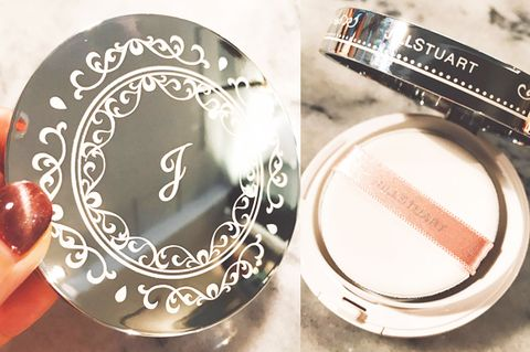 Material property, Fashion accessory, Font, Peach, Cosmetics, Circle, Metal,