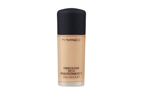Product, Water, Beauty, Liquid, Beige, Cosmetics, Material property, Moisture, Deodorant, Fluid,
