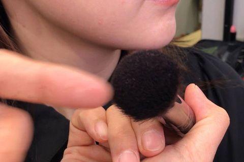 Finger, Nose, Hand, Nail, Thumb, Black hair, Gesture,