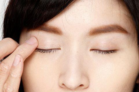 Finger, Lip, Cheek, Brown, Skin, Chin, Forehead, Eyelash, Eyebrow, Beauty,
