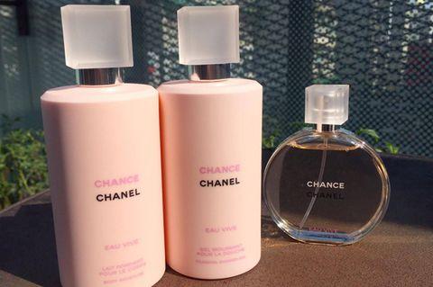 Liquid, Product, Brown, Fluid, Peach, Pink, Lavender, Purple, Cosmetics, Orange,