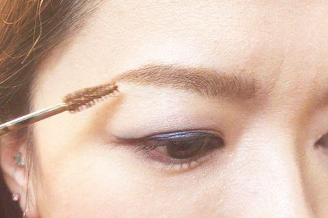 Eyebrow, Face, Eyelash, Eye, Skin, Forehead, Eye shadow, Beauty, Head, Cheek,
