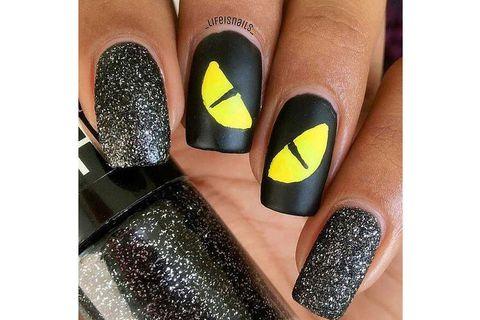 Finger, Liquid, Nail care, Nail polish, Nail, Glitter, Style, Cosmetics, Manicure, Teal,