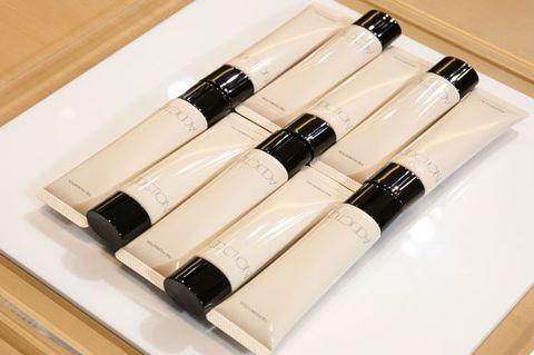 Wine bottle, Bottle, Tableware, Material property, Drinkware, Furniture, Games,