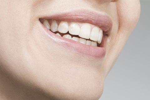 Lip, Cheek, Skin, Chin, Tooth, Facial expression, Jaw, Organ, Neck, Photography,