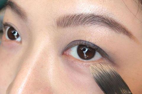 Brown, Skin, Eye, Eyelash, Eyebrow, Iris, Beauty, Eye shadow, Organ, Close-up,