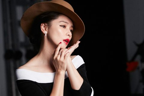 Lip, Face, Black, Skin, Beauty, Red, Chin, Nose, Hat, Fashion,