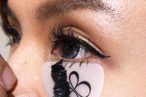 Eyebrow, Eyelash, Face, Eye, Skin, Nose, Eye shadow, Mascara, Eye liner, Organ,