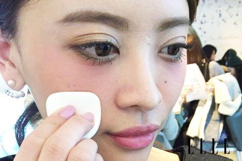 Lip, Cheek, Finger, Skin, Eye, Forehead, Eyelash, Eyebrow, Hat, Beauty,