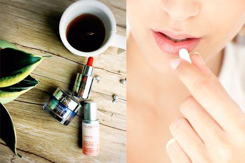 Finger, Brown, Skin, Serveware, Liquid, Drink, Nail, Coffee, Dandelion coffee, Drinkware,