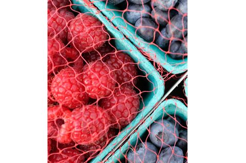 Pattern, Colorfulness, Carmine, Produce, Berry, Mesh, Net, Superfruit, Natural foods, Wire fencing,
