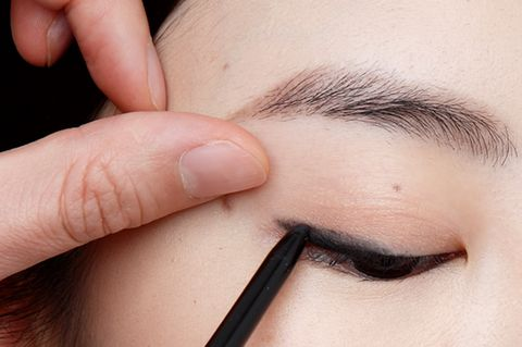 Human, Finger, Brown, Skin, Eyebrow, Eyelash, Nail, Organ, Beauty, Photography,