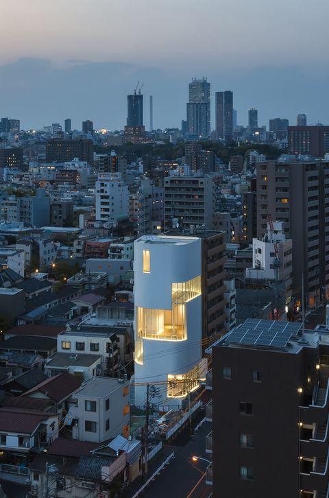 City, Metropolitan area, Cityscape, Urban area, Metropolis, Skyline, Tower block, Human settlement, Skyscraper, Sky,