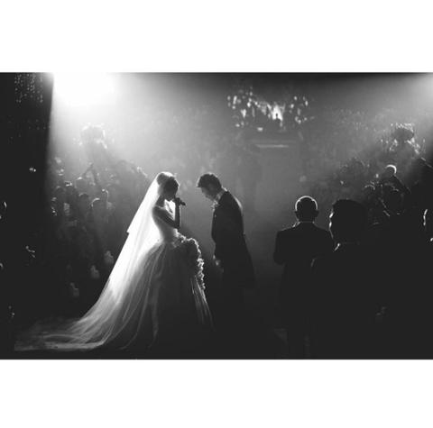 Bridal veil, Veil, Bridal clothing, Photograph, Bride, Wedding dress, Dress, Gown, Formal wear, Suit,
