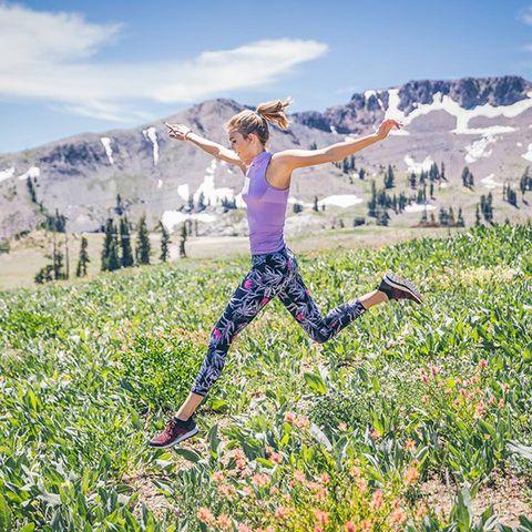 Mountainous landforms, Mountain range, People in nature, Rejoicing, Mountain, Hill, Meadow, Grassland, Active pants, Ridge,