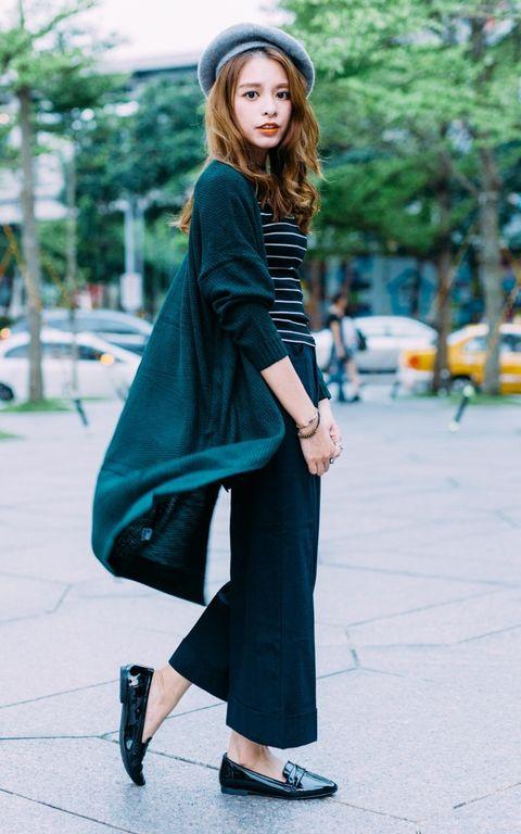Clothing, Sleeve, Shoulder, Shoe, Outerwear, Bag, Style, Street fashion, Fashion accessory, High heels,