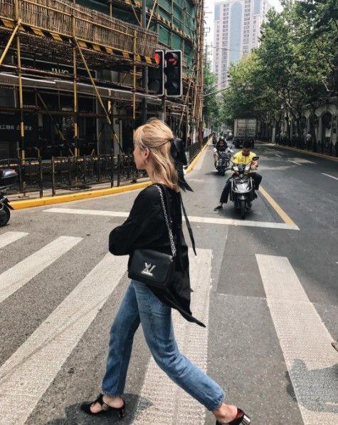Photograph, Street fashion, Yellow, Snapshot, Jeans, Road, Street, Pedestrian, Fashion, Lane,