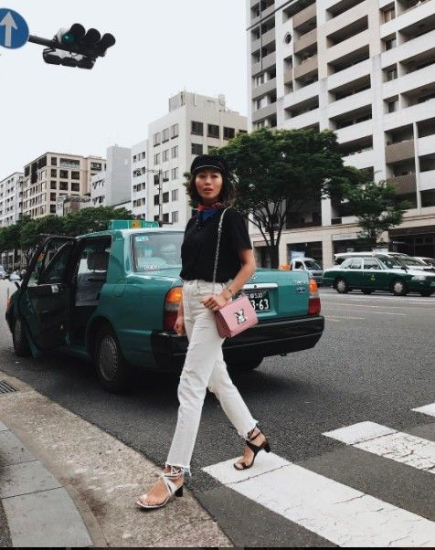 Street fashion, Snapshot, Vehicle, Car, Fashion, Street, Photography, Jeans, City car, Road,