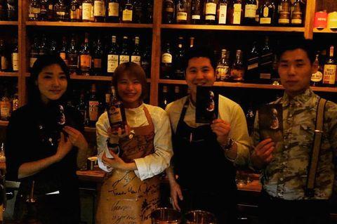 Bar, Alcohol, Alcoholic beverage, Drink, Distilled beverage, Tavern, Liqueur, Pub, Drinking establishment, Bartender,