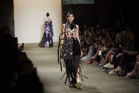 Human body, Fashion show, Runway, Style, Street fashion, Fashion model, Fashion, Waist, Model, Fashion design,
