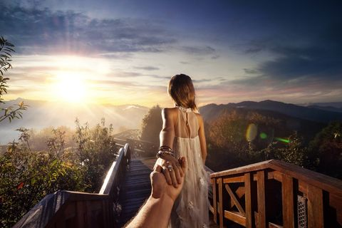 Sky, Sun, Sunlight, Sunrise, People in nature, Sunset, Dress, Backlighting, Beauty, Morning,