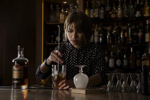 Drink, Bar, Liqueur, Distilled beverage, Alcoholic beverage, Alcohol, Bartender, Whisky, Barware,