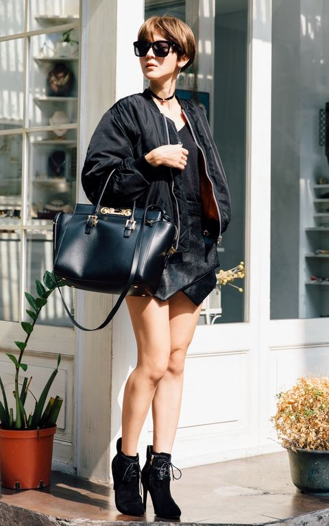 Clothing, Eyewear, Flowerpot, Shoulder, Textile, Joint, Outerwear, Bag, Fashion accessory, Sunglasses,