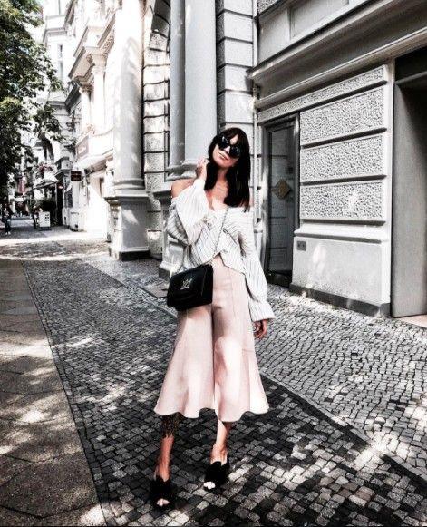 Clothing, White, Photograph, Street fashion, Trench coat, Coat, Snapshot, Fashion, Outerwear, Pink,