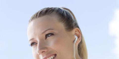 Ear, Tooth, Jaw, Beauty, Neck, Eyelash, Electric blue, Jewellery, Earrings, Nail,