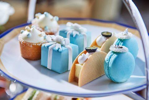 Blue, Dessert, Teal, Cuisine, Aqua, Turquoise, Party supply, Cake, Cake decorating supply, Recipe,