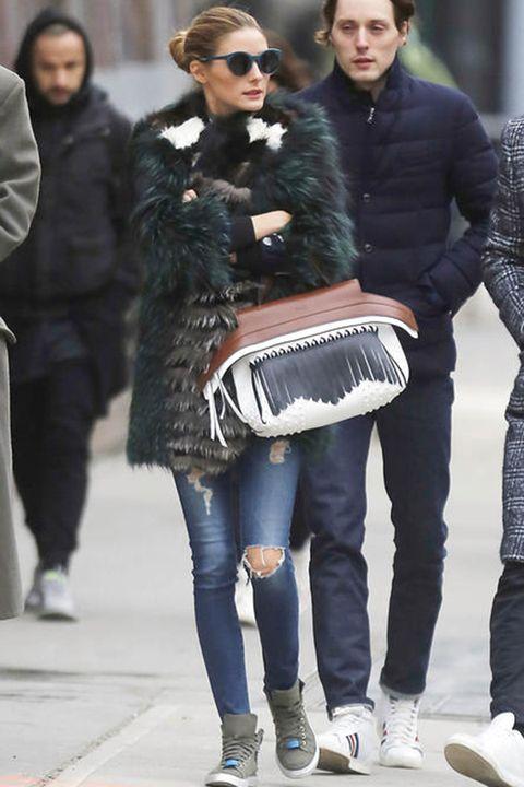 Clothing, Eyewear, Footwear, Leg, Trousers, Textile, Winter, Outerwear, Coat, Street fashion,