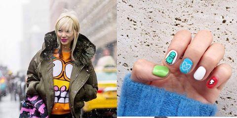 Finger, Outerwear, Nail, Winter, Style, Jacket, Street fashion, Bag, Fashion, Nail care,