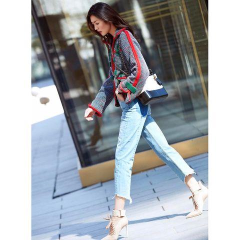 Leg, Trousers, Denim, Textile, Outerwear, Jeans, Bag, Style, Street fashion, Fashion accessory,