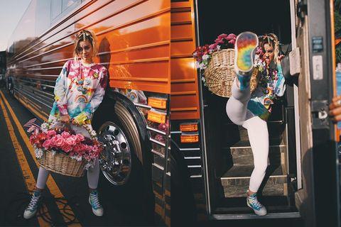 Street fashion, Advertising, Railway, Railroad car,