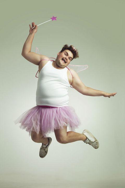 Leg, Human leg, Joint, Shoe, Dancer, Performing arts, Elbow, Purple, Knee, Magenta,
