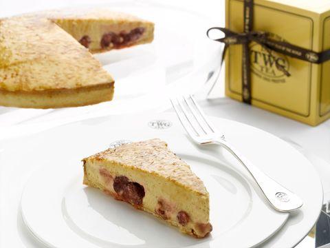 Dish, Food, Cuisine, Ingredient, Baked goods, Dessert, Produce, Kuchen, Pastry, Finger food,