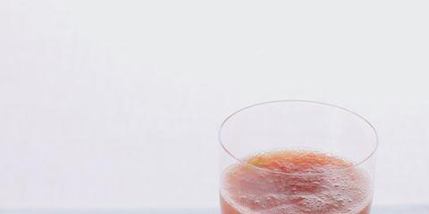 Liquid, Drink, Health shake, Ingredient, Juice, Food, Vegetable juice, Smoothie, Condiment, Produce,