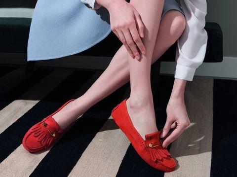Human leg, Shoe, Joint, Red, Orange, Toe, Nail, Carmine, Foot, Tan,