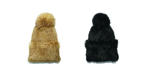 Textile, Wool, Natural material, Costume accessory, Fur, Beige, Woolen, Animal product,