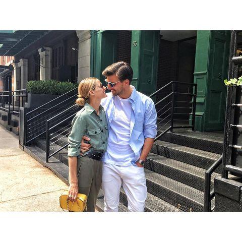 Shirt, Stairs, Street fashion, Bag, Love, Sunglasses, Handrail, Honeymoon, Romance, Ball,