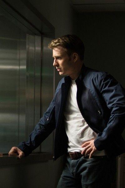 Dress shirt, Sleeve, Collar, Trousers, Shirt, Standing, Jacket, Joint, Denim, Sitting,